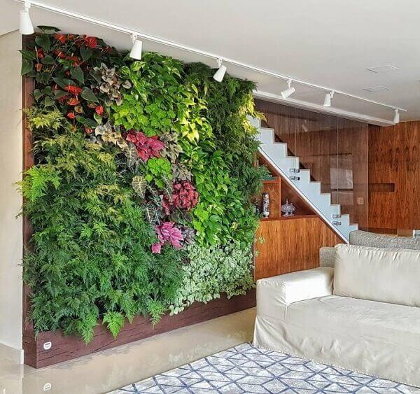 Resultado de imagem para jardim vertical interno